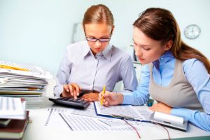 Finance Manager – How and when They Ought To Assist You To